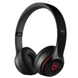 Beats Solo2 - Casque avec micro - sur-oreille - jack 3.5mm - noir - pour 12.9-inch iPad Pro; 9.7-inch iPad Pro; iPad (3rd generation); iPad 1; 2; iPad Air; iPad Air 2; iPad mini; iPad mini 2; 3; 4; iPad with Retina display; iPhone 3G, 3GS, 4, 4S, 5, 5c, 5s, 6, 6 Plus, 6s, 6s Plus, SE; iPod (4G, 5G); iPod classic; iPod mini; iPod nano; iPod shuffle; iPod touch